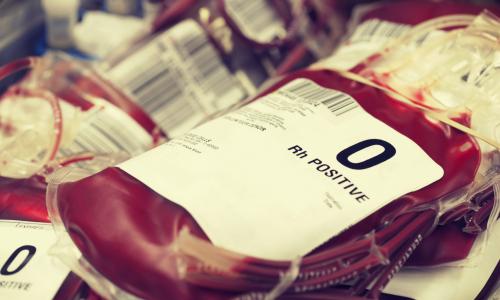 Названа единственная группа крови, влияющая на богатство